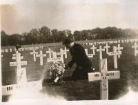 Mum Elisabeth at Harry's grave in 1948